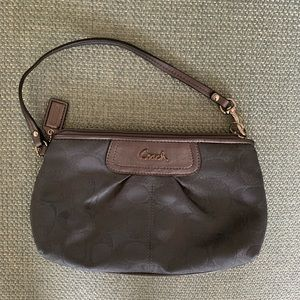 LIKE NEW COACH WRISTLET GRAY 10/10 CONDITION